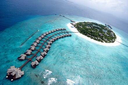 Maldives-resort1